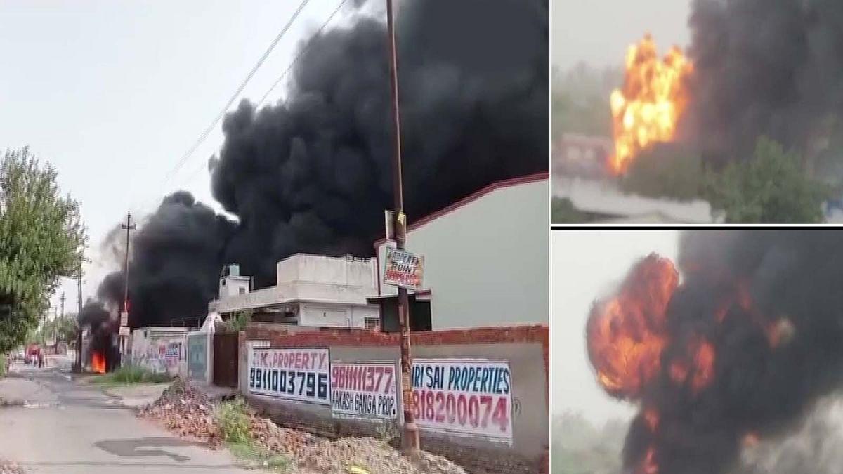 उत्तर प्रदेश में सूरजपुर इंडस्ट्रियल इलाके की फैक्ट्री में भीषण आग