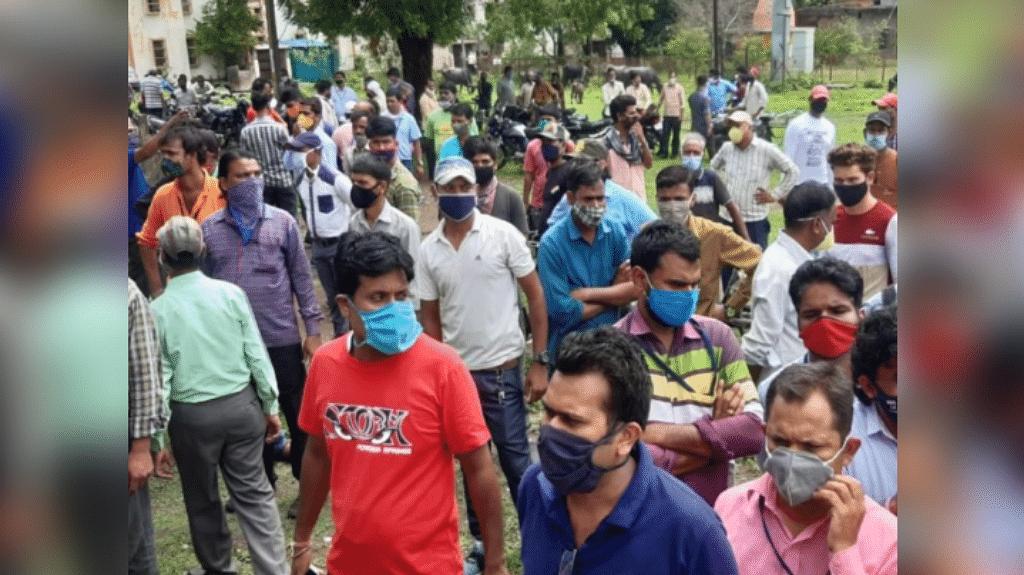 भारत हेवी इलेक्ट्रिकल लिमिटेड में ठेका श्रमिकों ने की हड़ताल, ये रखी मांग