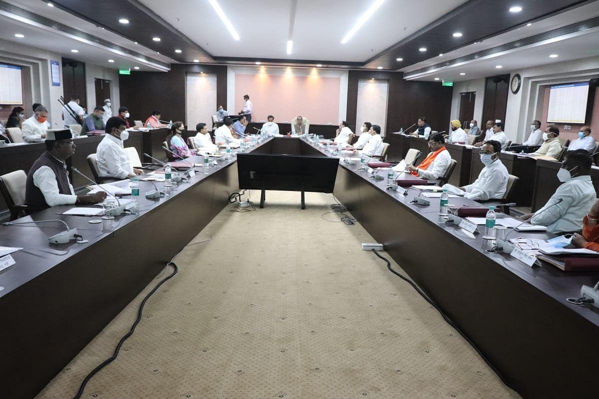 मंत्रालय में आयोजित CM Cabinet Meeting शुरू, इन प्रस्तावों पर होगा विचार