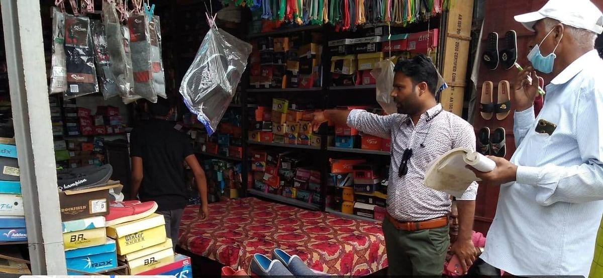 Anuppur : 02 किलो 300 ग्राम पॉलीथिन जप्त, वसूला 350 रूपए जुर्माना