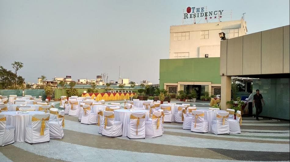 भोपाल : MP नगर स्थित रेसीडेंसी होटल में शादी का खाना खा कर लोग हुए बीमार