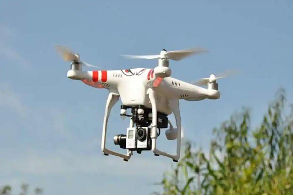जम्मू के अरनिया सेक्टर में फिर दिखा Drone, बीएसएफ जवानों ने की फायरिंग