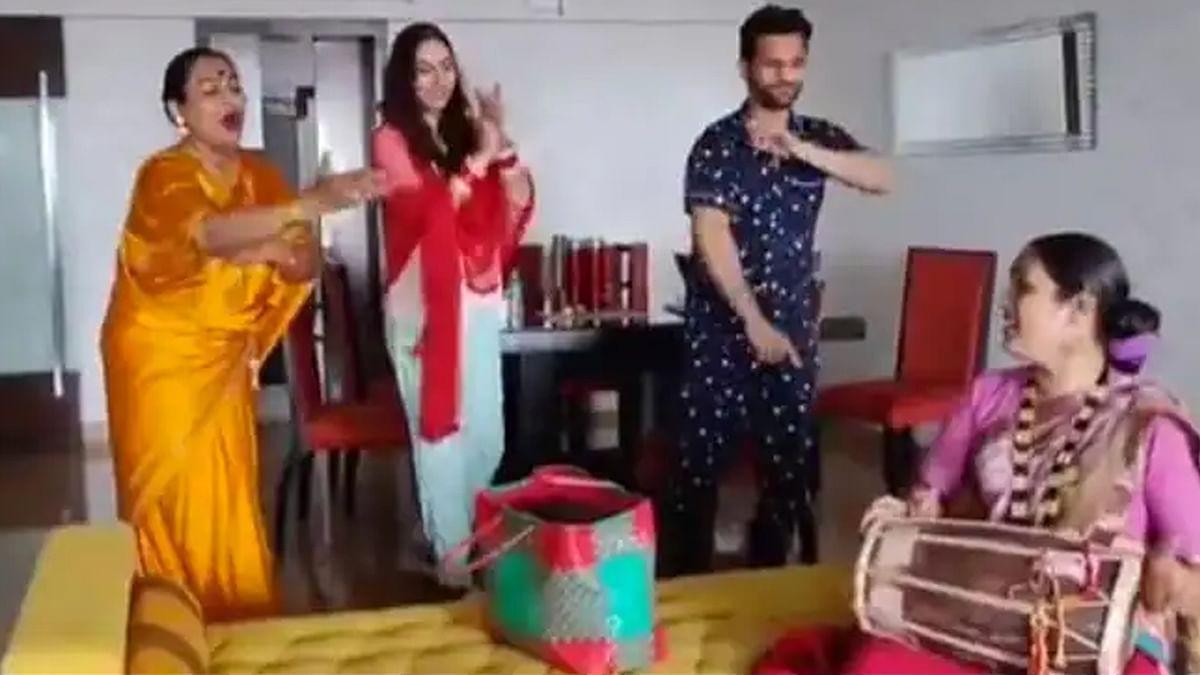राहुल वैद्य और दिशा परमार को आशीर्वाद देने पहुंचे किन्नर, वायरल हुआ वीडियो