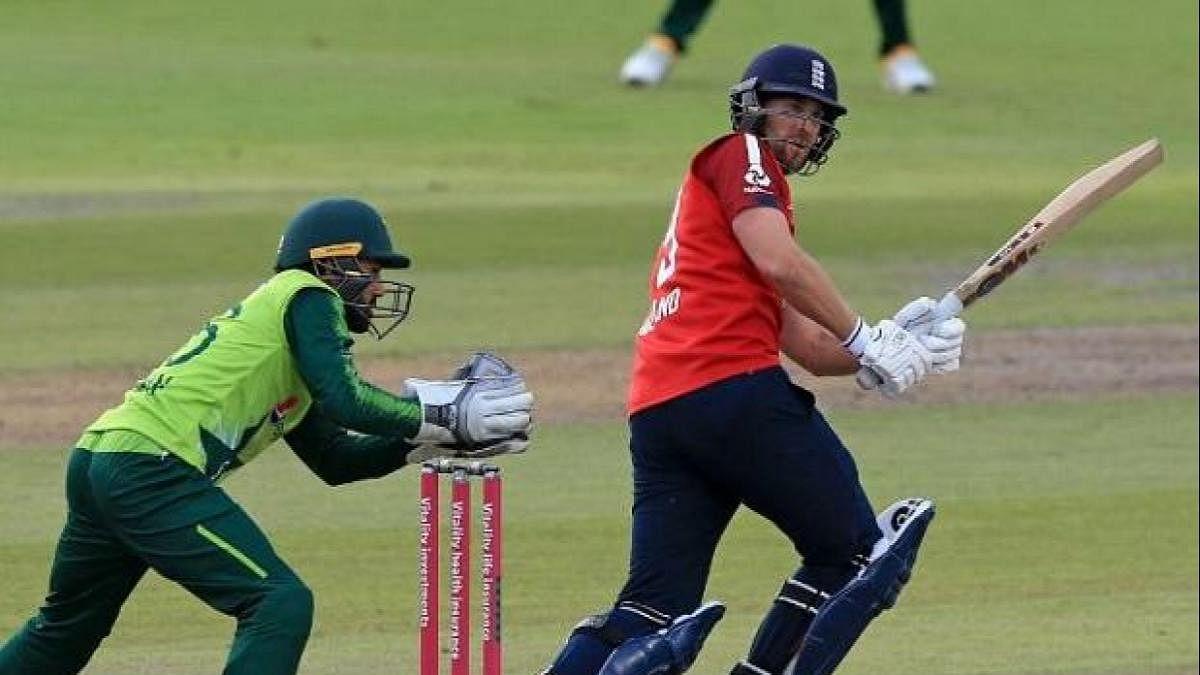 England ने दूसरे T-20 Pakistan को 45 रन से हरा कर सीरीज मे 1-1 से की बराबरी