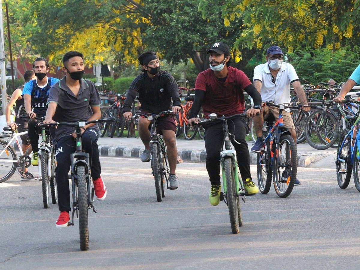 पेट्रोल की बढ़ती कीमतों और स्वास्थ्य जागरूकता के कारण बढ़ी साइकिल की डिमांड