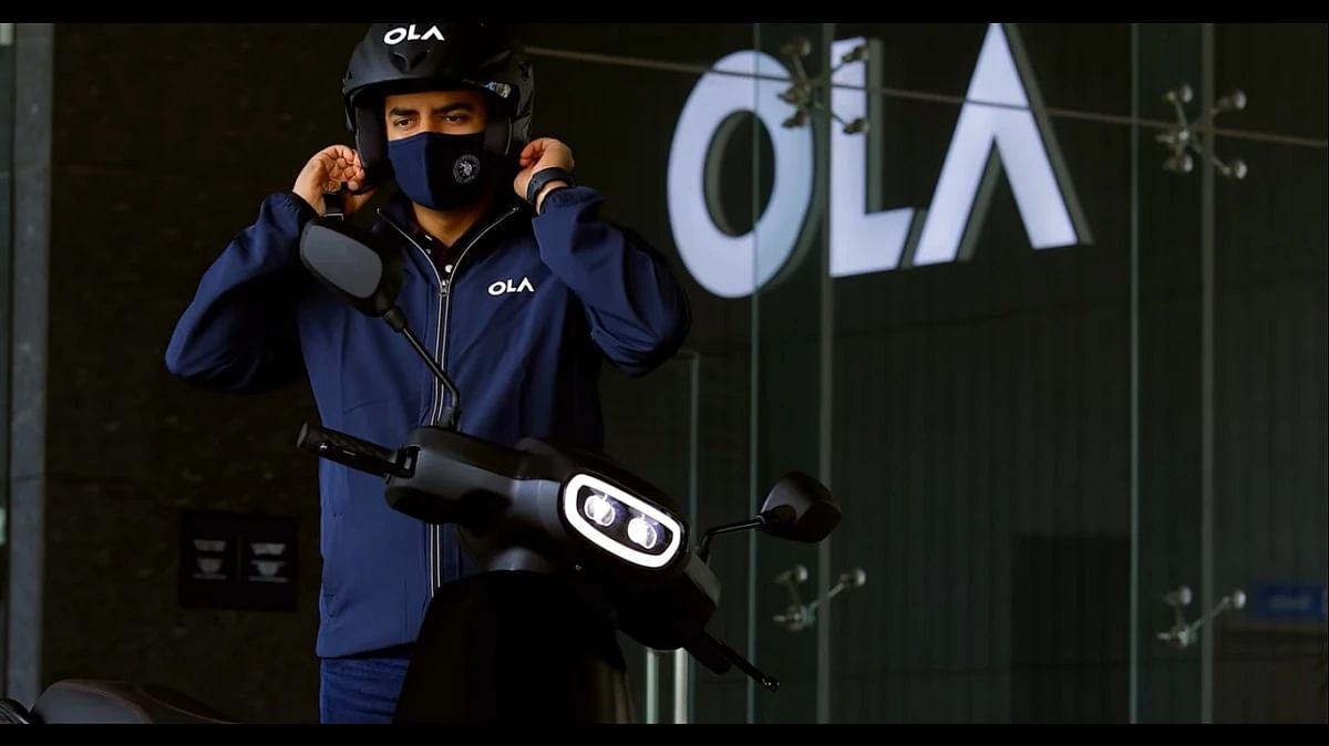 बुकिंग शुरू होने के बाद से धड़ा-धड़ बुक हो रहे Ola के इलेक्ट्रिक स्कूटर