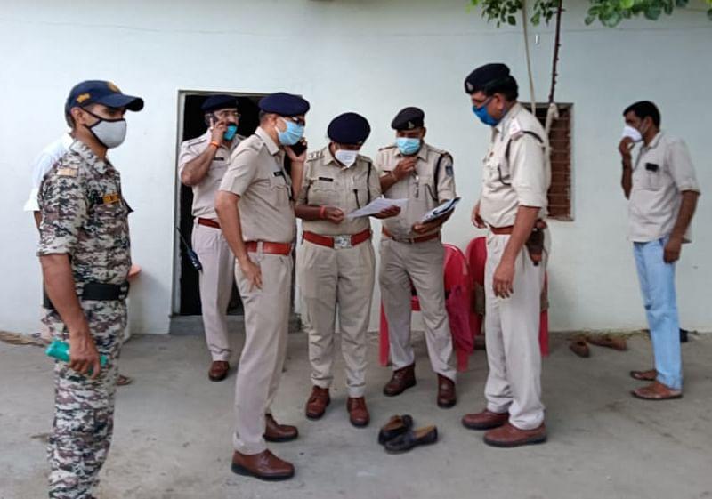 Sehore Triple Murder Case : आरोपी को पकड़ने पुलिस कर रही छापेमारी