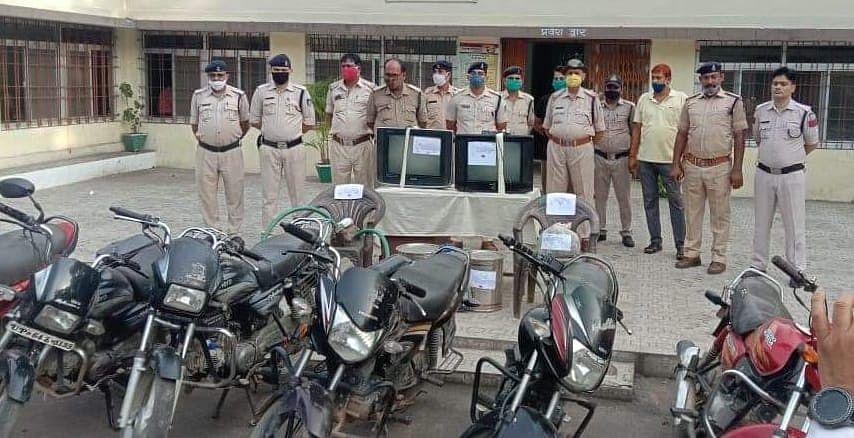 जयंत पुलिस की बड़ी कार्रवाई, पांच आदतन आरोपी गिरफ्तार, चोरी की छ: बाइक जप्त