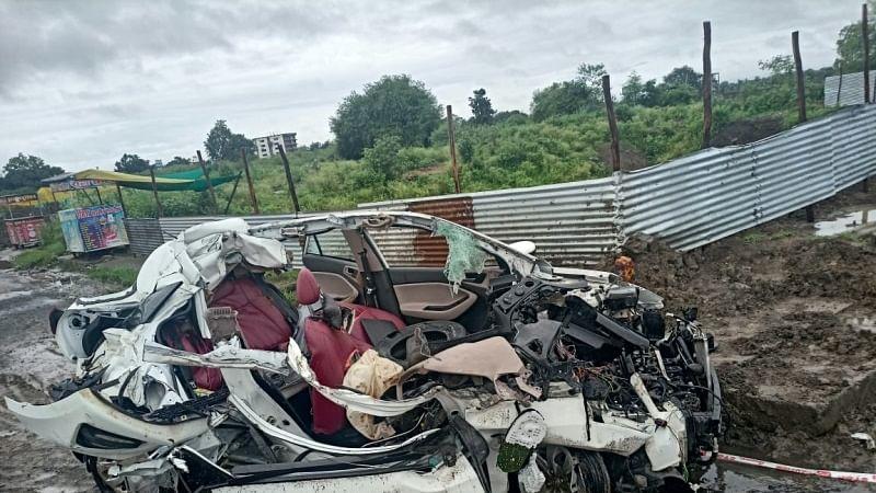 भोपाल-होशंगाबाद रोड पर बड़ा हादसा: कार और ट्रक की भिड़ंत में 4 की मौत