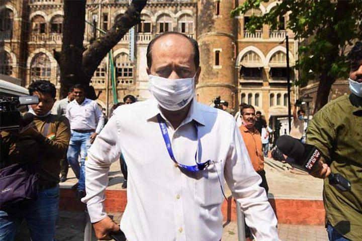 देशमुख भ्रष्टाचार मामले में ED को मिली सचिन वाजे से पूछताछ की अनुमति