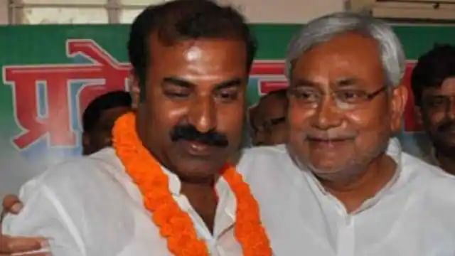 बिहार सरकार के समाज कल्याण मंत्री मदन साहनी ने दिया इस्तीफा