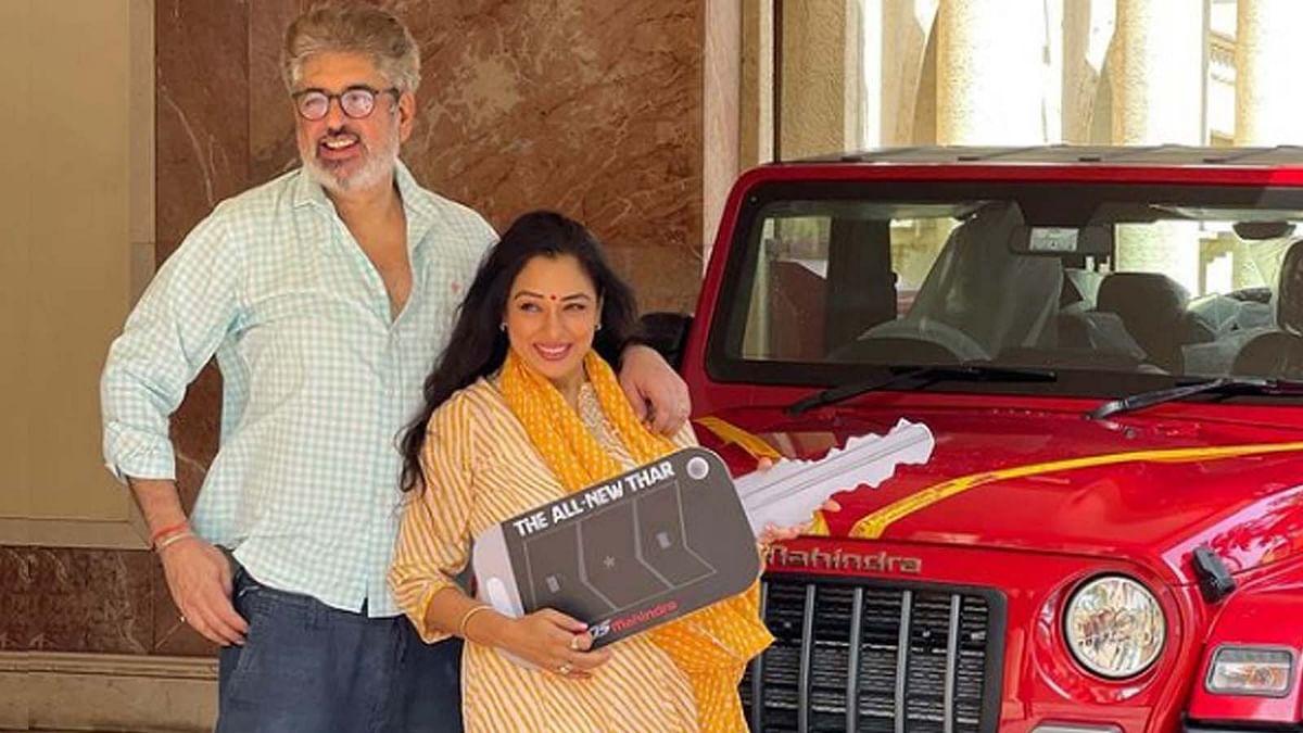 'अनुपमां' फेम Rupali Ganguly ने खरीदी महिंद्रा की नई Thar, शेयर की फोटो