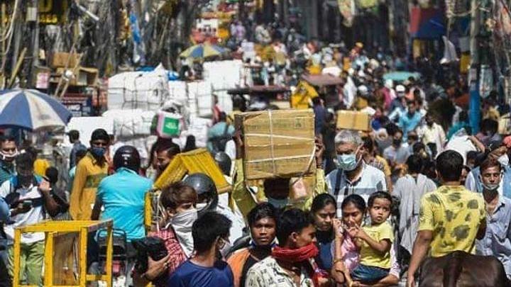 कोरोना के नियम तोड़ने के चलते कल बंद रहेंगे दिल्ली के ये दो बाजार