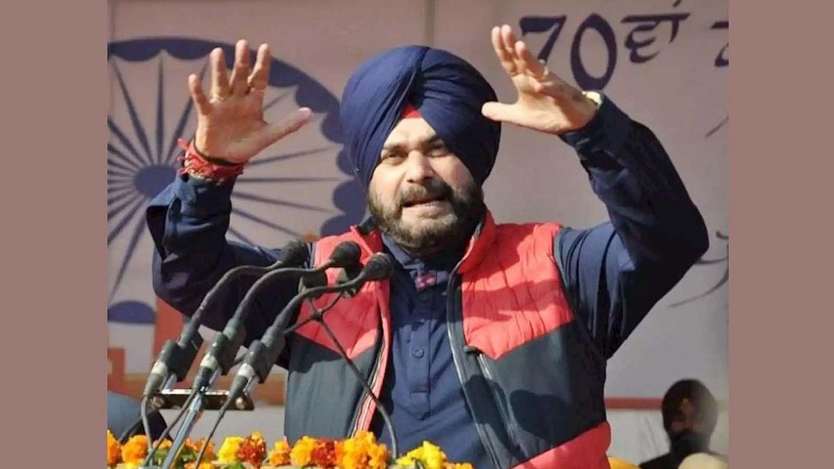 सभी पंजाबी भगत सिंह से ताकत लें, हक ते सच दी लड़ाई पर निकलें: नवजोत सिद्धू