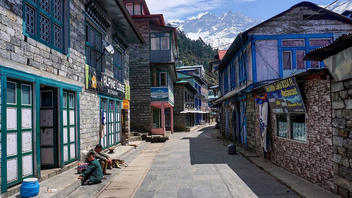 नेपाल की काठमांडू घाटी में फिर बढ़ा लॉकडाउन