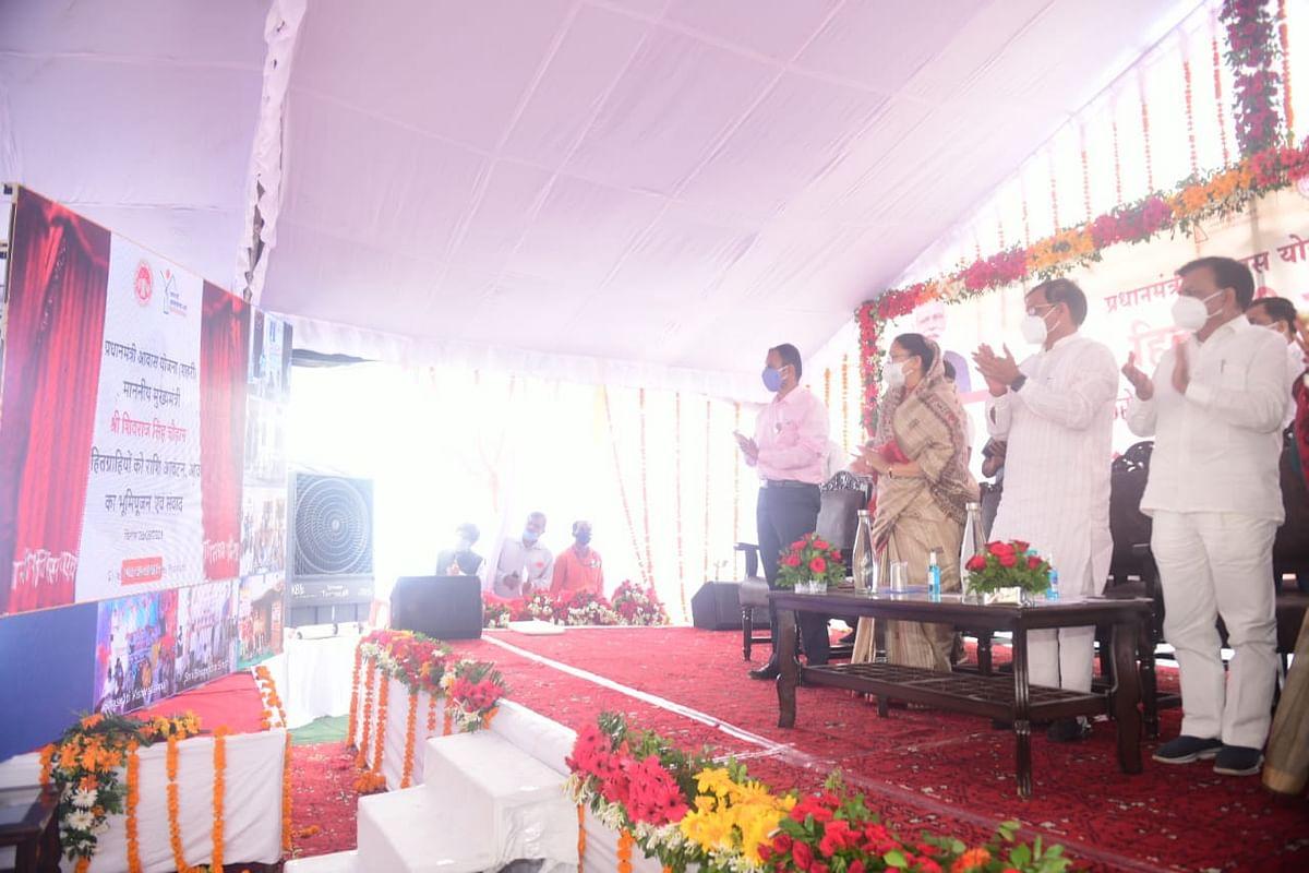 प्रधानमंत्री ने गरीबों को दिया घर का अधिकार : विष्णुदत्त शर्मा