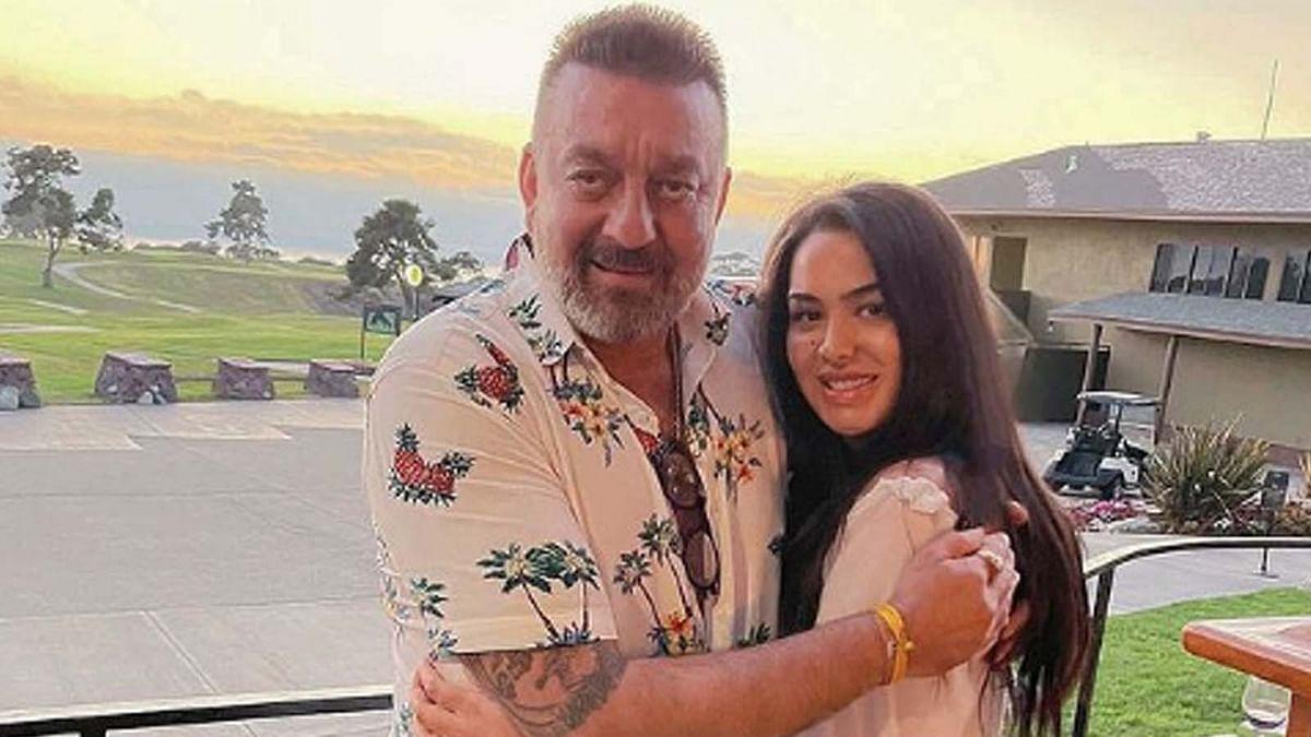 त्रिशाला दत्त ने पापा संजय दत्त के साथ मनाया अपना जन्मदिन, शेयर किया पोस्ट