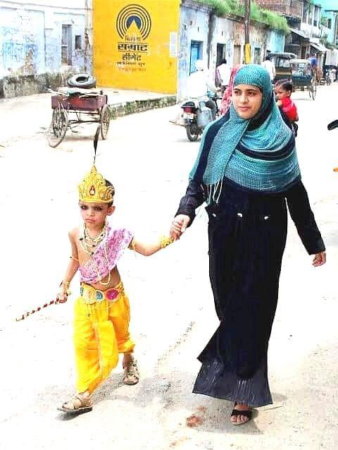 जय कन्हैया लाल की हाथी घोड़ा पालकी के जयघोष के साथ मना भगवान श्री कृष्ण का जन्मोत्सव