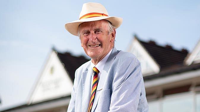 इंग्लैंड के पूर्व कप्तान टेड डेक्सटर के निधन पर आईसीसी ने जताया शोक