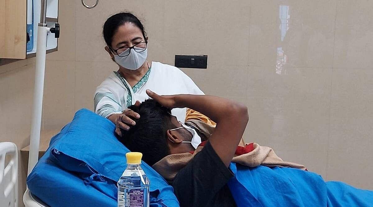 त्रिपुरा में घायल TMC कार्यकर्ताओं से मिली CM बनर्जी और BJP पर बोला करारा हमला