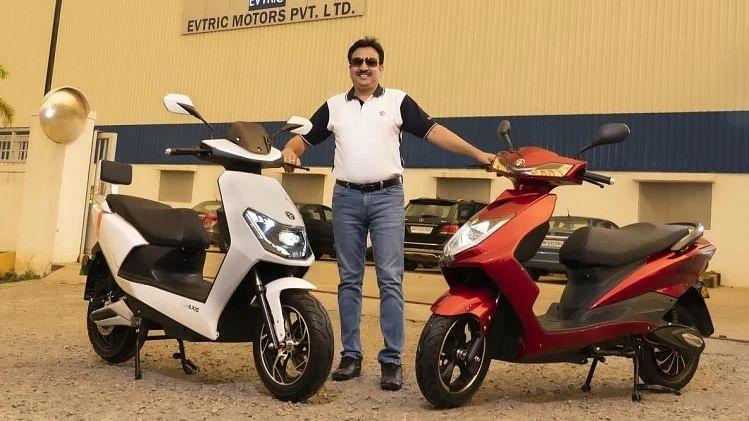 EVTRIC Motors ने भारत के बाजार में उतारे दो इलेक्ट्रिक स्कूटर