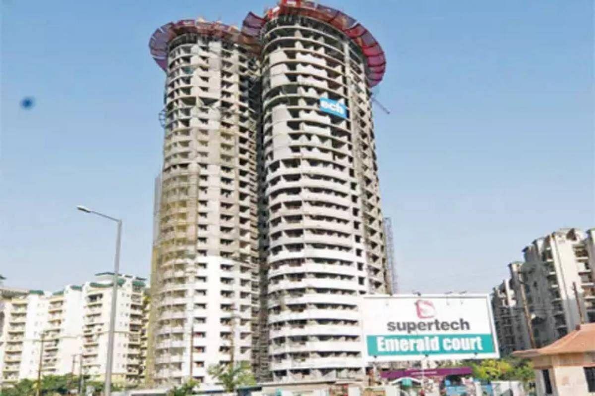 सुपरटेक को SC ने दिया बड़ा झटका- 3 महीने के अंदर दो 40 मंजिला टावरों को गिराने का आदेश