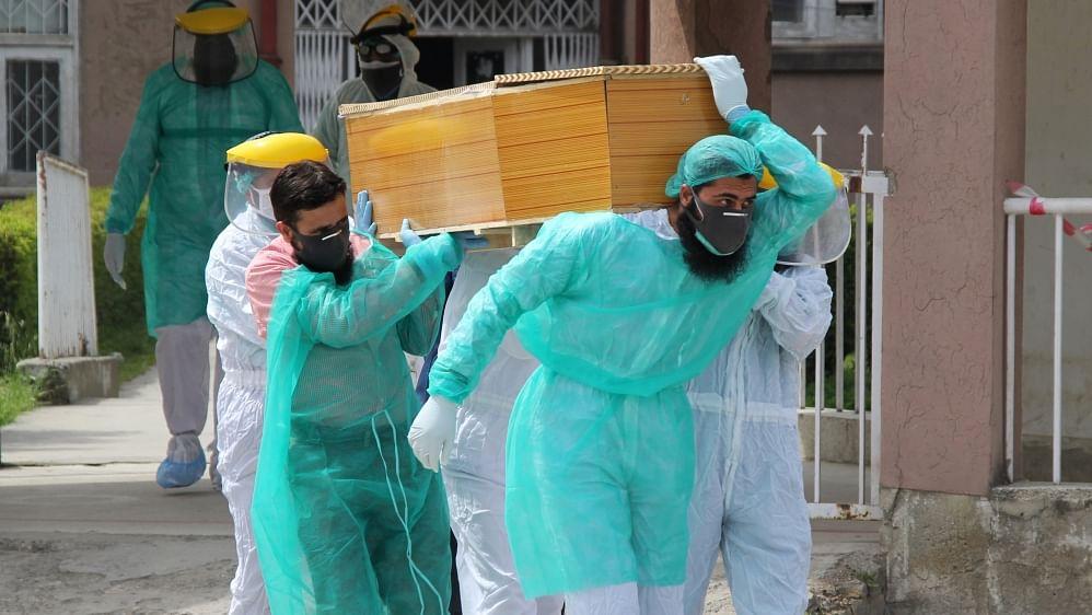 पाकिस्तान में कोरोना से मरने वालों की संख्या 25 हजार के पार