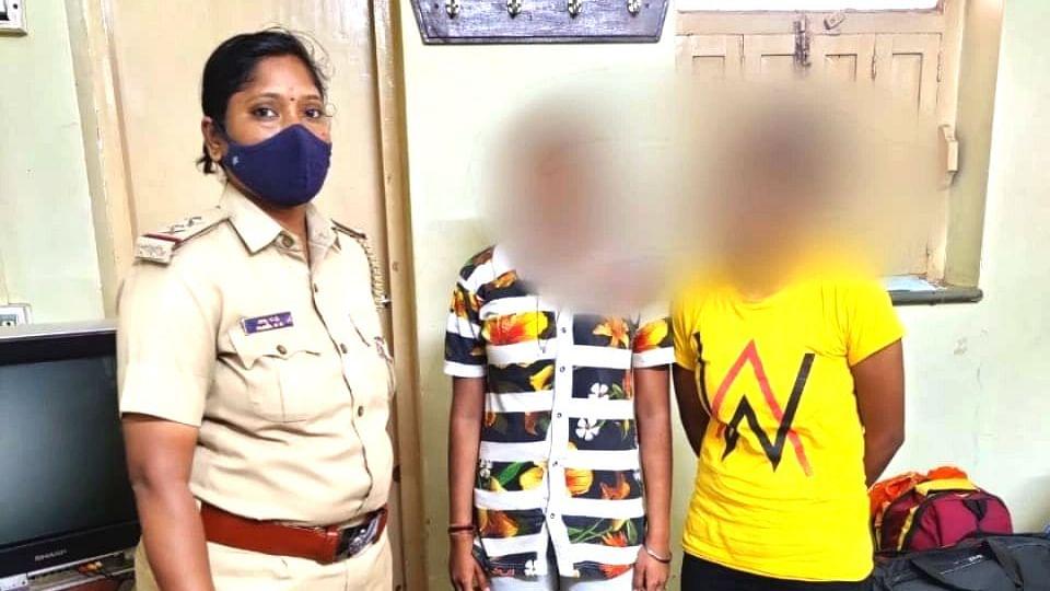 कटनी : कैमोर पुलिस ने कर्नाटक से दो लड़कियों को छुटकारा दिलाकर गृहग्राम भेजा