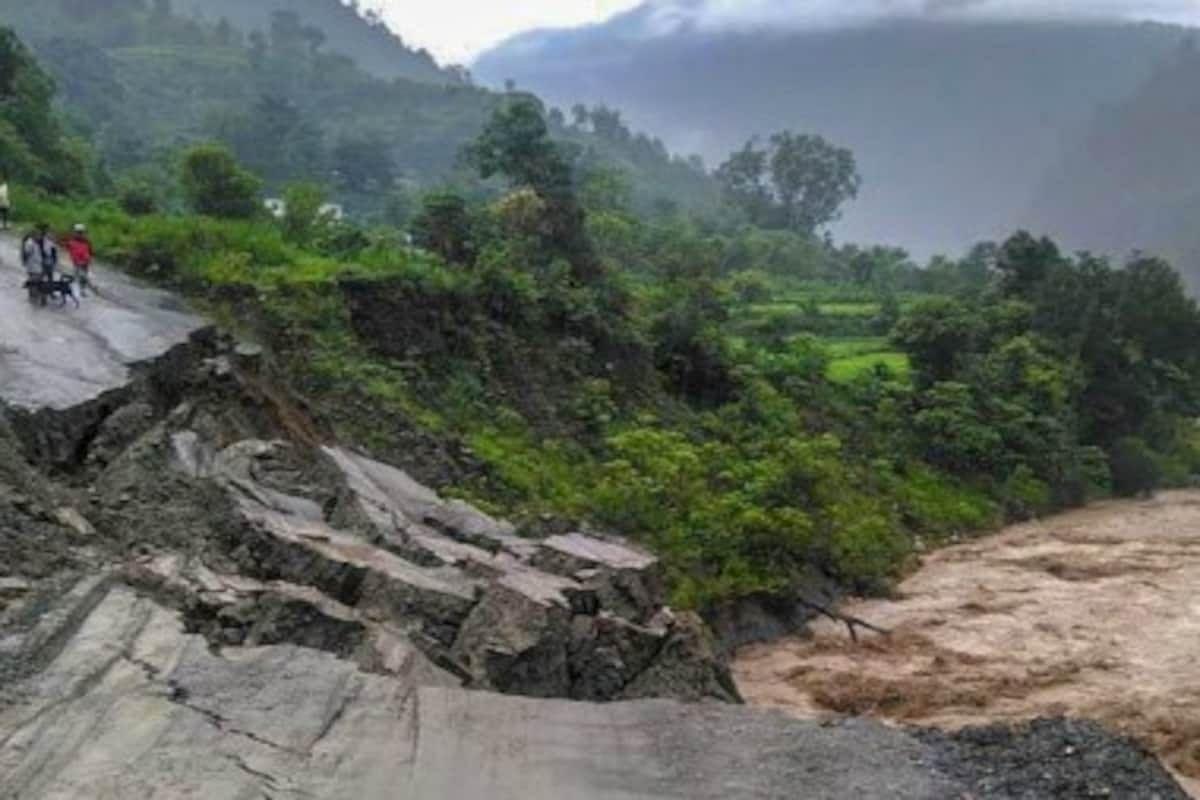 उत्तराखंड में पिथौरागढ़ जिले के जुम्मा गांव में बादल फटने से मची भारी तबाही