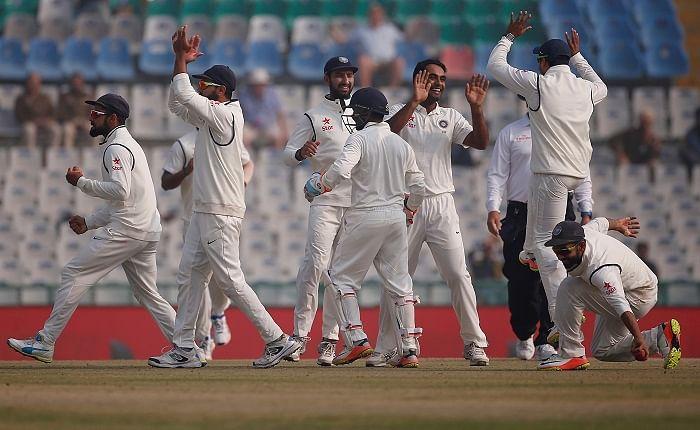 चौथा टेस्ट : गेंदबाजों के दम पर भारत ने बनायी 2-1 की बढ़त