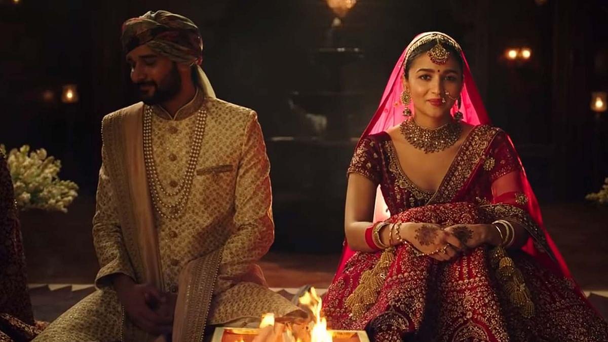 आलिया भट्ट के खिलाफ मुंबई में शिकायत दर्ज, 'कन्यादान' वाले विज्ञापन पर मचा बवाल