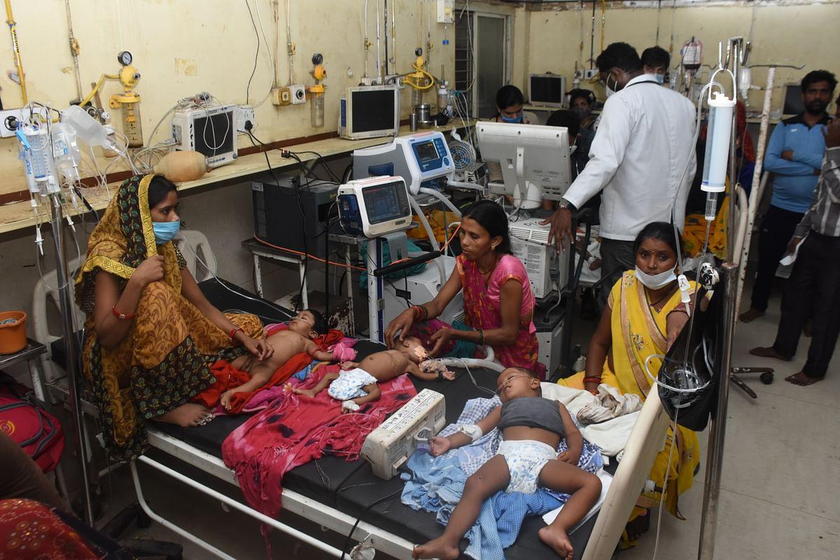 Gwalior  : मौसम का अटैक बच्चों पर, तीन ने और तोड़ा दम