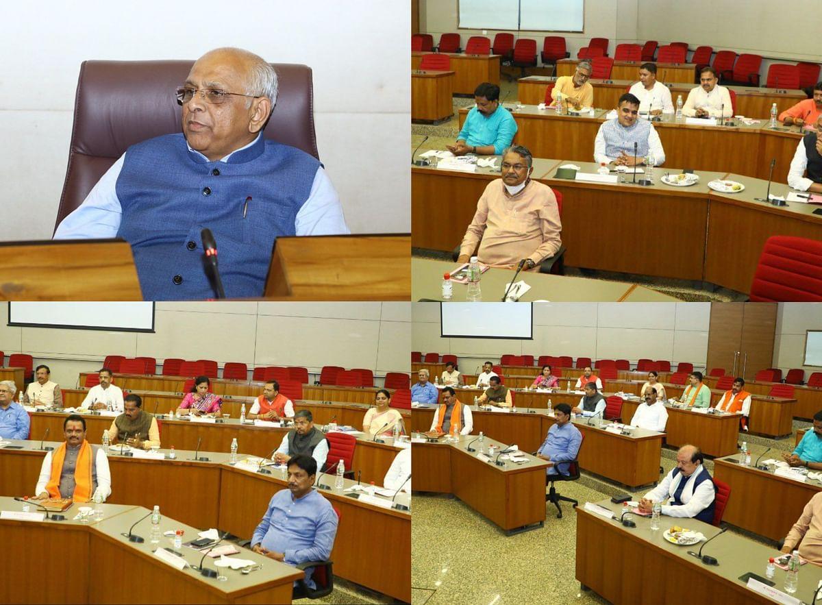 भूपेन्द्र सरकार के मंत्रिमंडल की पहली बैठक, मंत्रियों को विभागों का बंटवारा