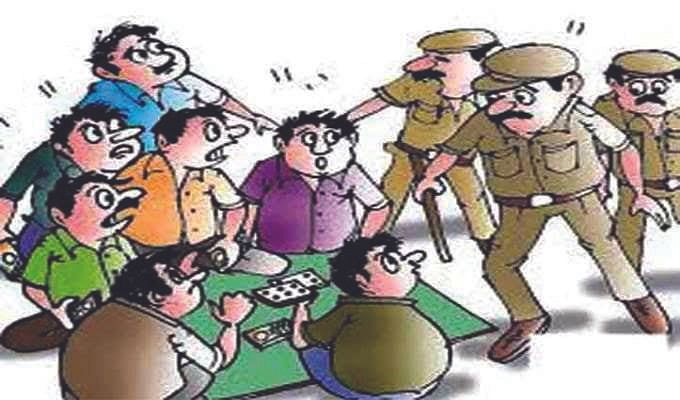Shahdol : पुलिस की जुआं फड़ में दबिश, 8 जुआरी धराए