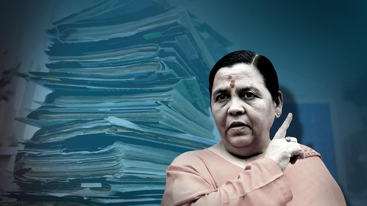 Uma Bharti का विवादित बयान- 'ब्यूरोक्रेसी कुछ नहीं होती, चप्पल उठाती है हमारी'