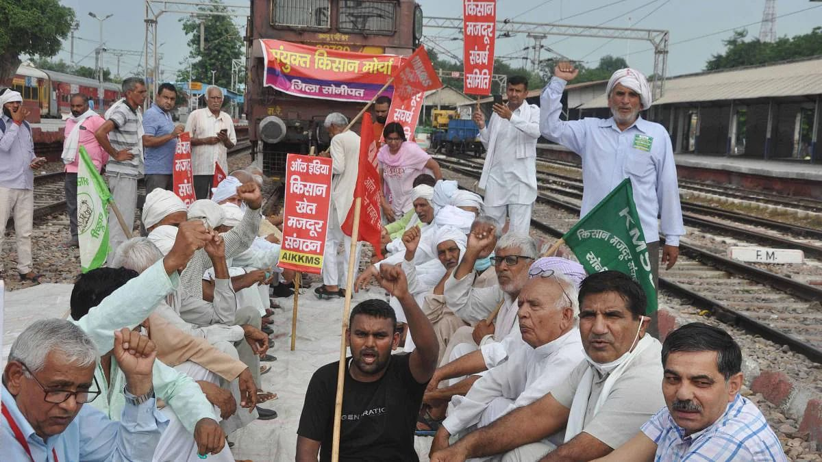 दिल्ली-हरियाणा के सिंघु बॉर्डर पर भारत बंद के बीच किसान की मौत