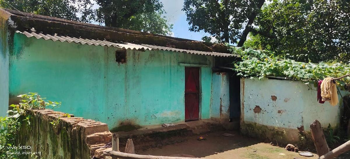 Anuppur : पुलिस अधीक्षक से न्याय की उम्मीद में मनीराम