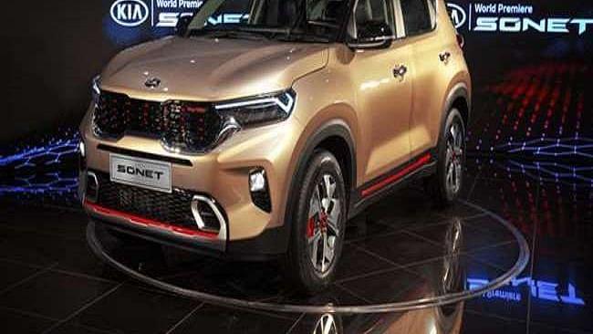 एक साल के अंदर Kia ने की Sonet की 1 लाख कारों की बिक्री
