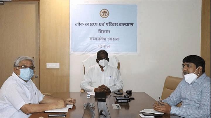 Bhopal : स्वास्थ्य मंत्री ने डेंगू और चिकुनगुनिया की रोकथाम और बचाव हेतु दिए निर्देश