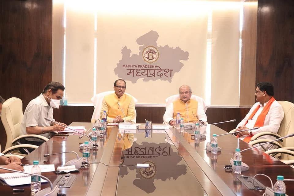 मंत्रालय में उच्च स्तरीय समीक्षा बैठक में केंद्रीय मंत्री तोमर ने की मप्र की तारीफ
