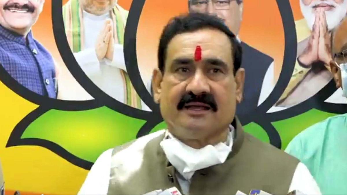 महंत नरेंद्र गिरि के परलोक गमन पर राजनीति को लेकर दिग्विजय पर नरोत्तम मिश्रा का तंज