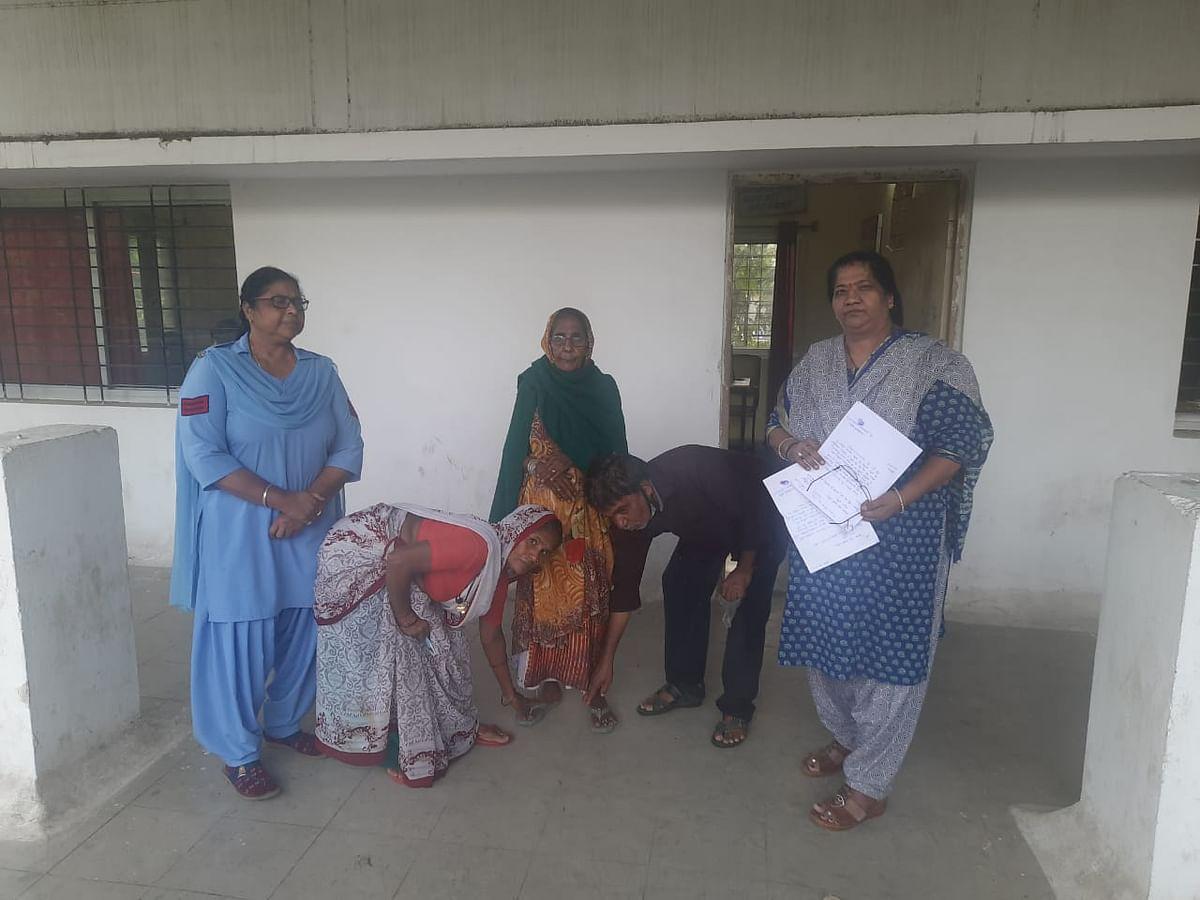 Indore : 80 साल की बुजुर्ग महिला को इंदौर पुलिस ने त्वरित कार्यवाही कर दिलाया न्याय