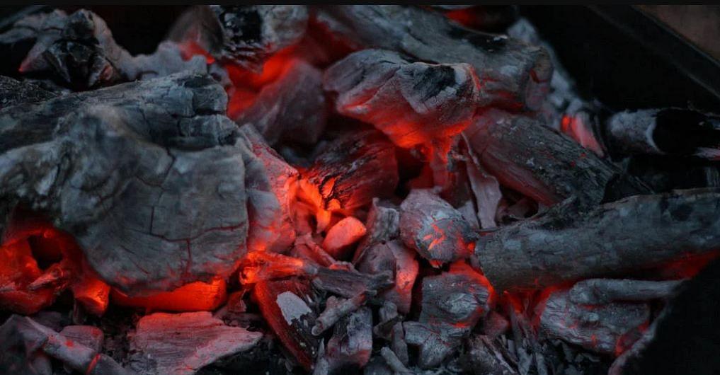 भारत के राज्यों में कोयले की कमी से गहरा रहा बिजली संकट। - सांकेतिक तस्वीर