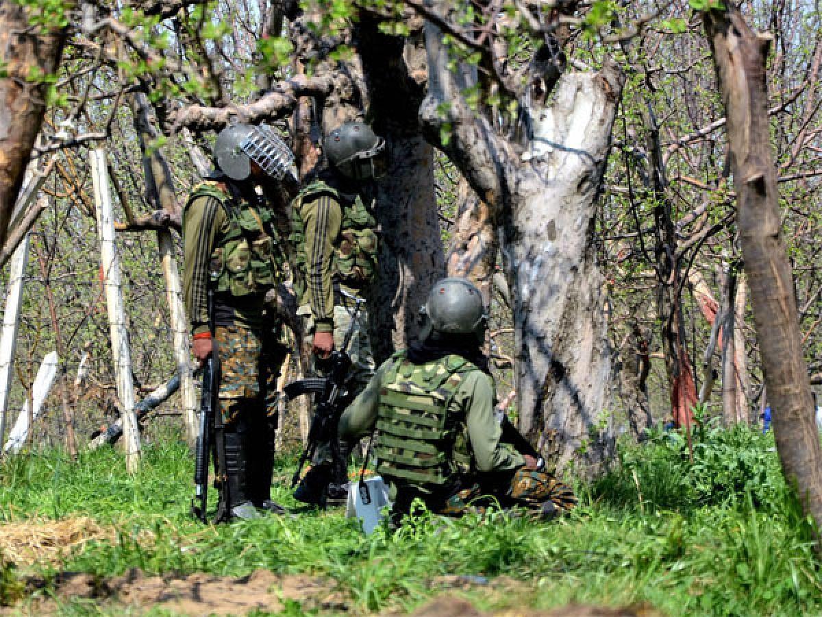 पुंछ मुठभेड़ में दो राइफल मैन शहीद, सेना ने की पुष्टि