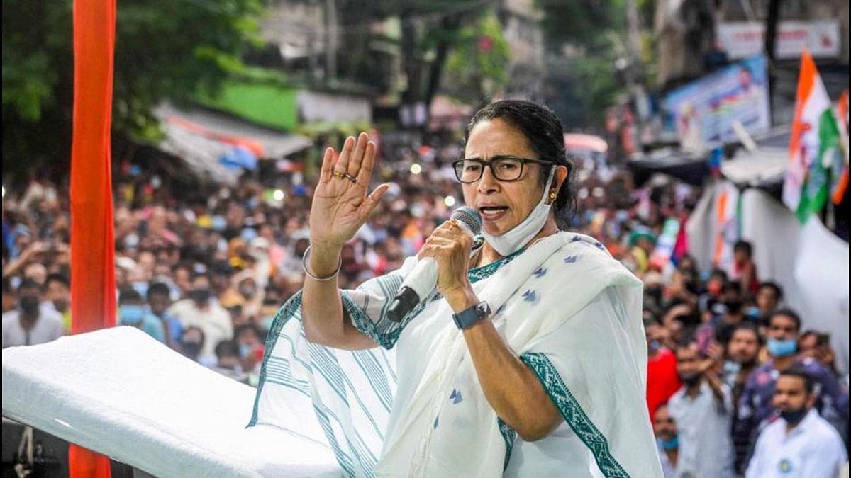 बंगाल में ममता बनर्जी के CM पद का खतरा टला- भवानीपुर में ममता बनर्जी विजय