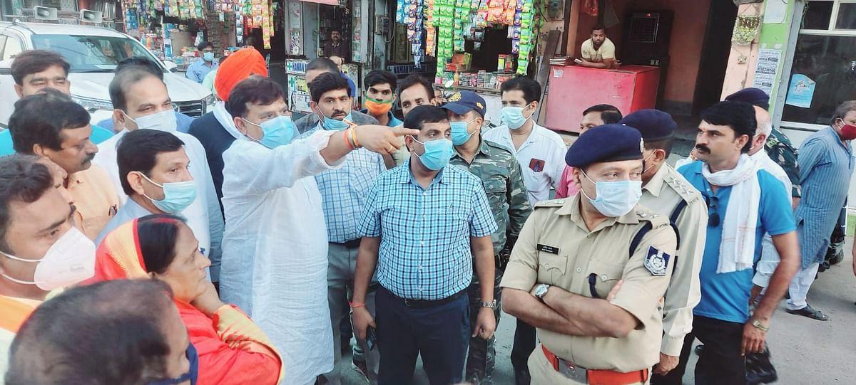 Gwalior : क्यों मेरी किरकिरी कराने पर तुले हुए हो, सड़कें जल्द बनाओ