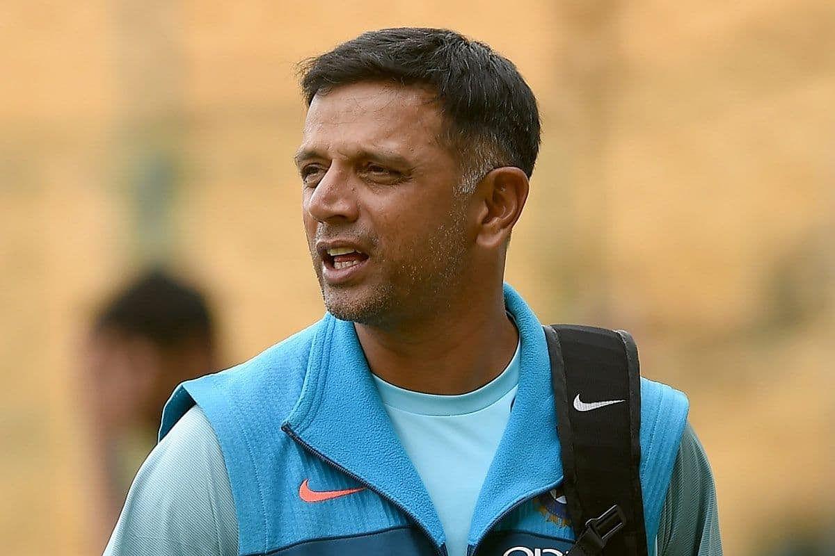 न्यूजीलैंड के खिलाफ सीरीज के लिए भारतीय टीम के अंतरिम मुख्य कोच हो सकते हैं द्रविड़