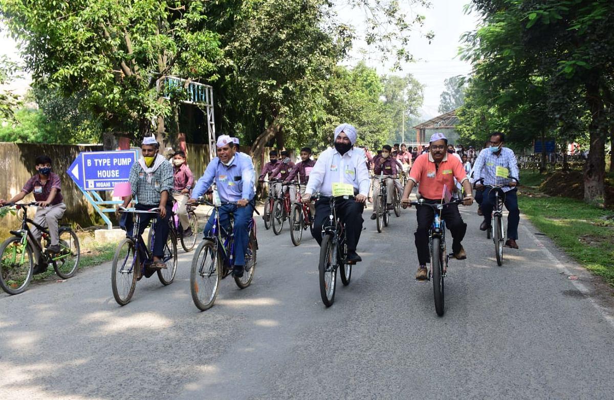 साइकल पर निकली स्वच्छता रैली