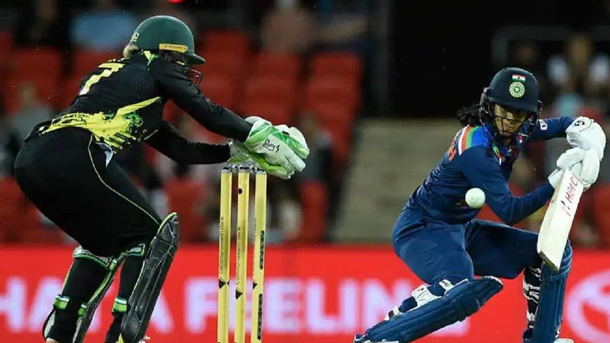 भारतीय महिला टीम दूसरे टी-20 मैच में ऑस्ट्रेलिया से चार विकेट से हारी