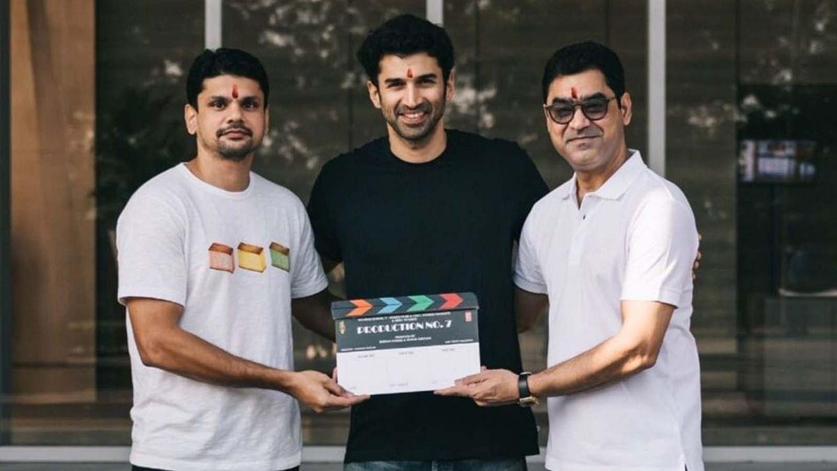आदित्य रॉय कपूर ने शुरू की फिल्म 'Thadam' के रीमेक की शूटिंग